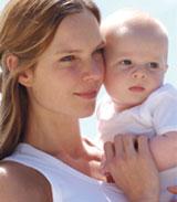 La Eurocámara pide ampliar la baja por maternidad mínima de 14 a 20 semanas