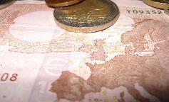 El beneficio del seguro europeo cae un 40%